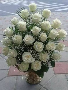 Valentine Flower Arrangements, Funeral Flower Arrangements, Flower Arrangements Simple, Flower Centerpieces, Flower Decorations, Altar Flowers, Church Flowers, Funeral Flowers, Silk Flowers