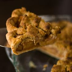 Quince and Cardamom Streusel Pie