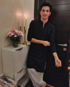 Cool Boy Image, Kurta Pajama Men, Boy Images, Stylish Boys, My Prince, Celebs, Celebrities, Mens Clothing Styles, Photo Art