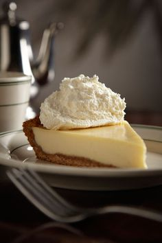Joe's Stone Crab Key Lime Pie - YUM! World Famous Joe's Stone Crab Restaurant in Miami - My absolute FAVORITE restaurant!!! Well known for their Stone Crab with Mustard Sauce & their Key Lime Pie made with Key West Limes. I want to go back to Miami just so I can have this....