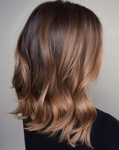 Blonde and dark brown hair color ideas. Top best Balayage hairstyles for natural black and brown hair. Balayage hair color ideas with blonde, brown, caramel. Top Balayage hairstyles to completely new look. Hair Color Highlights, Ombre Hair Color, Hair Color For Black Hair, Hair Color Balayage, Brown Hair Colors, Blonde Balayage, Blonde Brunette, Caramel Highlights, Blonde Ombre