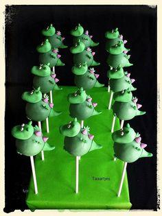 Dinosaur Cake Pops Dinosaur Cupcake Cake, Dino Cake, Dinosaur Birthday Cakes, Dinosaur Party, Cupcake Cakes, No Bake Cake Pops, Cake Push Pops, Cakepops, Christmas Cake Pops