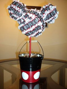 Image detail for -Mickey Mouse candy centerpieces for Mickey Mouse themed birthday .add a bow for Minnie ! Mickey Mouse Crafts, Mickey Mouse Photos, Mickey Mouse Bday, Mickey Mouse Parties, Mickey Party, Mickey Mouse Birthday, Mickey E Minie, Birthday Parties, Birthday Ideas