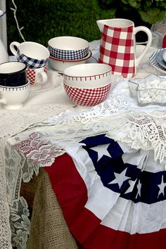 How To Hang An American Pleated Bunting Flag From A Window