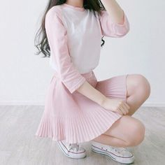 korean fashion causal street pink shirt white skirt pleated
