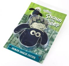 Shaun the Sheep Cookie Cutter -I want one!!