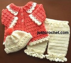 These crochet baby sets are so cute! If I had all the time in the world I would make every single one. These baby sets are perfect for a baby shower gift! Crochet Baby Blanket Beginner, Baby Girl Crochet, Crochet Baby Clothes, Crochet For Kids, Baby Knitting, Free Crochet, Crochet Hats, Crochet Dresses, Bolero Crochet