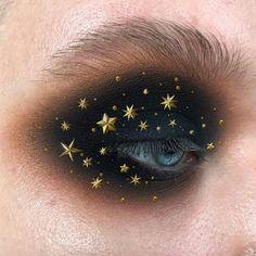 Bright make up. Best make up for blue/green eyes. Beauty without boundaries. Makeup Trends, Makeup Inspo, Makeup Inspiration, Makeup Geek, Makeup Remover, Witch Makeup, Gold Eyeliner, Makeup Goals, Makeup Tips