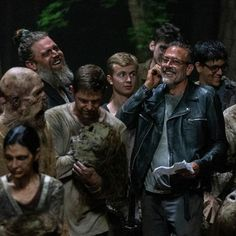 Jeffrey Dean Morgan forever in my life Walking Dead Tv Show, Walking Dead Zombies, Maggie Greene, Best Zombie, Talking To The Dead, Cool Captions, Jeffrey Dean Morgan, Best Series, Daryl Dixon