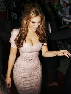 Kelly Brook puts her hourglass figure in an Atsuko Kudo Latex dress. Fair? Hardly....