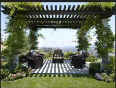exterior garten design pergola ideen gartenmöbel beton bodenbelag kletterpflanzen