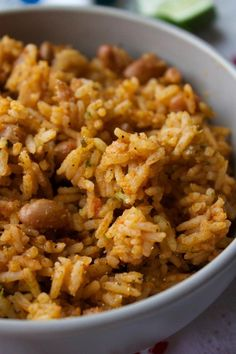 Puerto Rican Rice + Beans-- simple, delicious recipe and better than restaurant style! Rice Recipes, Side Dish Recipes, Mexican Food Recipes, Vegetarian Recipes, Dinner Recipes, Cooking Recipes, Healthy Recipes, Ethnic Recipes, Steak Recipes