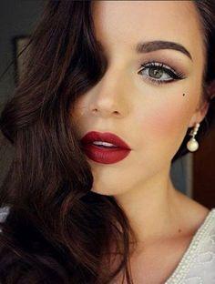 Bridal Makeup Red Lips, Red Lip Makeup, Glam Makeup, Party Makeup, Hair Makeup, Soft Makeup, Makeup Lipstick, Eye Makeup, Make Up Tutorials