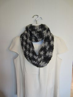 Infinity Scarf in Gray and Black. LOOP SCARF. by Bluetulipgifts, $18.00