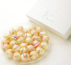 Crochet(クロッシェ) 京あめ 白絹手鞠 540円(税込み) Japanese Sweets, Japanese Food, Bingsu, Candy Drinks, Dessert Bread, Food Packaging, Sweet Desserts, Candyland, Confectionery