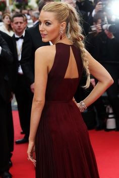 21 Times Blake Lively's Hair Slayed #refinery29 http://www.refinery29.com/2016/04/107917/blake-lively-hairstyles#slide-16 Like many of Blake's trademark hairstyles, this high pony looks flawless in front, but boasts a slightly off-kilter braid in back, softening the look....