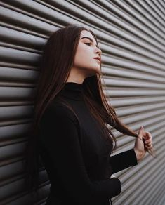 Outdoor Pose for Girls on Street with Outfits ❣️ Portrait Photography Poses, Photography Poses Women, Tumblr Photography, Creative Photography, Photography Aesthetic, Portrait Ideas, Film Photography, Photography Ideas, Best Photo Poses