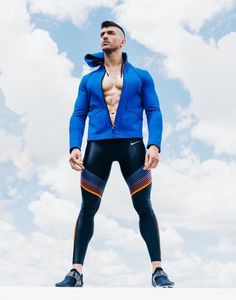 Men's Training Gear: Photo Funky Outfits, Sport Outfits, Lycra Men, Mens Tights, Casual Wear For Men, Mens Fitness, Fitness Gear, Gym Style, Athletic Fashion