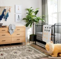 Our Larkin Black Metal Crib might have a simple design, but that doesn't mean it lacks style. This elegant metal crib features a unique arched design, giving it a softer look. Black Crib Nursery, Nursery Neutral, Baby Boy Rooms, Baby Boy Nurseries, Kid Rooms, Baby Bedroom, Nursery Design, Nursery Decor, Nursery Ideas