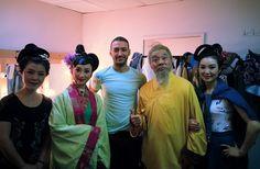 T.C. Devlet tiyatrosu Antalya Tiyatro festivali Çin Operası Çince Tercüman Çinde fuar organizasyonu Çince Bilen www.denizozdemir.com.tr