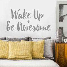 5 Ide Desain Mendekorasi Tempat Tidur Tanpa Headboard