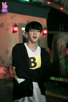 Jin RUN BTS EP 24 *BTS vs Zombie*