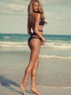 Swimwear #lifestyledesign #swimwear #victoriasecret Car Girls, Dream Bodies, Weight Loss, Girl Style, Beach Bodies, Legs, Bikini, Fitness Motivation, Tan