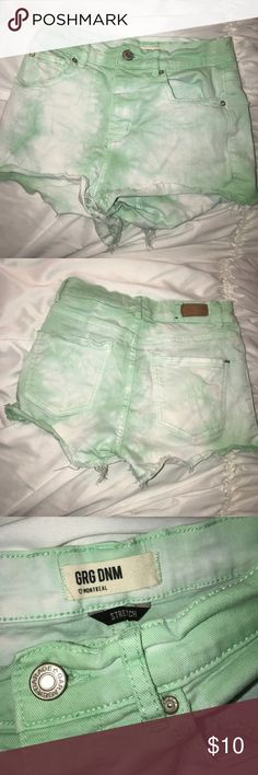 💚TIE DYE GREEN HIGHWAISTED SHORTS💚 ♡ ALL items in my closet are 100% authentic ♡ I trade! Just ask ♡ Don't like the price? Feel free to make me an offer 😊  Garage Denim high waisted shorts 💚 Garage Shorts Jean Shorts