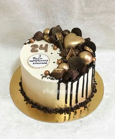 Cake Decorations, Cake Designs, Birthday Cake, Desserts, Cakes, Pies, Bakken, Tailgate Desserts, Deserts