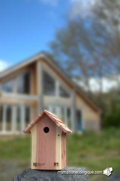 Cabane à oiseau LPO (Ligue de Protection des Oiseaux www.lpo.fr) version mésanges.