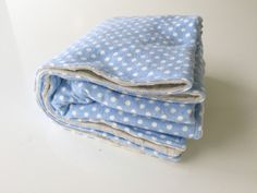 Super soft and simple baby blanket! DIY : tutorial : baby gift