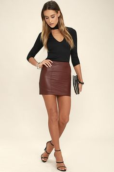 You& be catching kisses left and right in the Kiss Me, Miss Me Black Long Sleeve Top! Sleek and stretchy ribbed knit forms a mock neck atop this fitted top with a sexy front cutout. Brown Leather Skirt, Leather Mini Skirts, Look Fashion, Womens Fashion, Girls In Mini Skirts, School Girl Outfit, Hot Dress, Skirt Outfits, Stylish Outfits