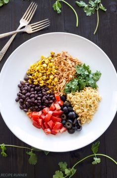 Healthy Lunch Ideas for Work - Chicken Enchilada Cauliflower Rice Bowls - Quick and Easy Recipes You Can Pack for Lunches at the Office - Lowfat and Simple Ideas for Eating on the Job - Microwave, No Heat, Mason Jar Salads, Sandwiches, Wraps, Soups and Bowls http://diyjoy.com/healthy-lunch-ideas-work