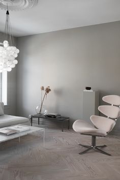 Win a Corona chair from Erik Jørgensen worth Nok ! Designed by Poul M. Volther in 1964 this is a true Danish classic. Living Room Chairs, Living Room Interior, Living Room Decor, Living Spaces, Interior Architecture, Interior And Exterior, Interior Design, Minimalist Home Interior, Mid Century Modern Design