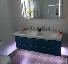 Lovely use of our LED strip light added under this bathroom unit. Thanks to Chris E for sharing x