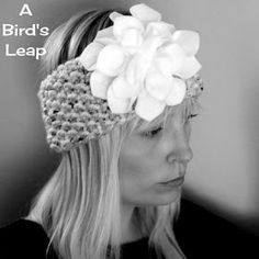 A Bird's Leap: DIY Knitted Headband with Felt Flower