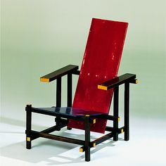 Gerrit Rietveld Roodblauwe stoel red and blue Design: 1918 Production: since 1918 Size: 86 x 66 x seat height 32 cms Material: varnished wood Industrial Design Furniture, Modern Furniture, Furniture Design, Vitra Design Museum, Bauhaus Furniture, Love Chair, Chef D Oeuvre, Futuristic Furniture, Commercial Furniture