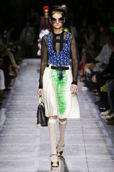 ac22bd1e45a1 Prada Spring 2019 Ready-to-Wear Fashion Show