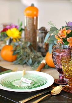 Thanksgiving table ideas; Thanksgiving place setting