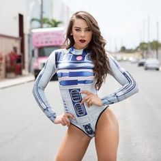 """89 mentions J'aime, 1 commentaires - Ladiesoftherebellion (@ladiesoftherebellion) sur Instagram : """"Is this the droid you've been looking for? ❤Featuring the beautiful and sexy @maeganvogelfit :…"""""""