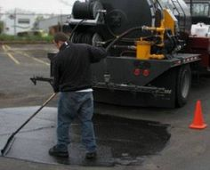 Thinking about sealcoating your parking lot?  Need potholes repaired?  Or maybe it's time for a total parking lot replacement?  Whatever the case, if your parking area looks like it's in need of repair, you could be the target of an asphalt paving scam. http://www.pavingandsealcoating.com/blog/sealcoating/asphalt-paving-scams/