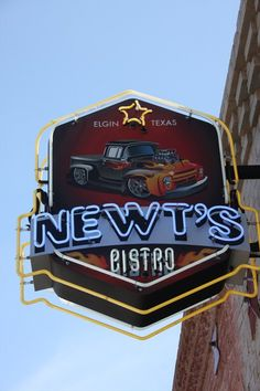Newt S Bistro Elgin Tx The Internet Says Its Closed Permanently But Lets