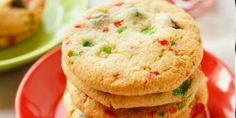 45 Festive Cookie Recipes to Kickstart Your Holiday Cheer: Crushed Candy Cane Chocolate Chip Cookies Candy Cane Cookies, Yummy Cookies, Chocolate Chip Cookies, Candy Canes, Cake Cookies, Popular Cookie Recipe, Cookie Recipes, Dessert Recipes, Christmas Desserts