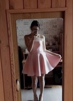 Kup mój przedmiot na #vintedpl http://www.vinted.pl/damska-odziez/krotkie-sukienki/16145317-piekna-pudrowa-sukienka-mosquito-rozmiar-m
