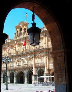 plaza mayor, salamanca known for the best shopping, nightlife, and soo much more..