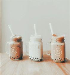 Aesthetic Coffee, Brown Aesthetic, Aesthetic Collage, Aesthetic Food, Aesthetic Pics, Simple Aesthetic, Aesthetic Backgrounds, Aesthetic Iphone Wallpaper, Aesthetic Wallpapers