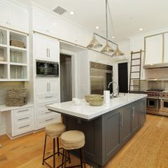 Gauntlet Gray Sherwin Williams Design Ideas, Pictures, Remodel and Decor