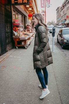 Puffer coat, Classic Reeboks and jean, the weekend wardrobe.