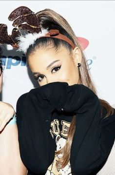 Buy Ariana's Christmas Reindeer HEadband Her. #fashion #style #outfit #christmas #hair #makeup #arianagrande #celebrity #potd