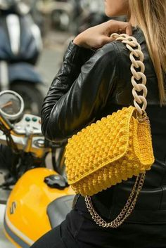 """New Cheap Bags. The location where building and construction meets style, beaded crochet is the act of using beads to decorate crocheted products. """"Crochet"""" is derived fro Spring Bags, Summer Bags, Spring Summer, Crochet Handbags, Crochet Purses, Crochet Bags, Sacs Design, Mode Blog, Macrame Bag"""